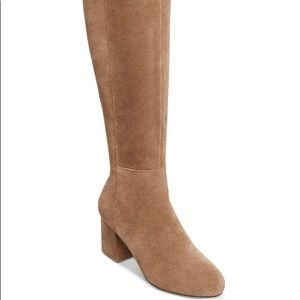 Shoes - Steve Madden women's hero taupe sued boots size 8